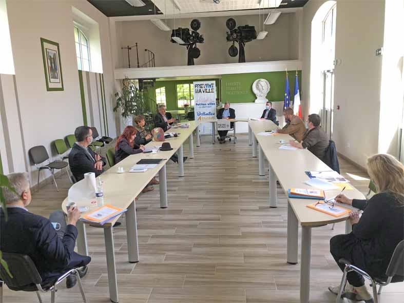 Conférence de Presse des Amis de Philippe Le Bas et de La famille Duplay en la mairie de Frévent le 2_ mai 2021
